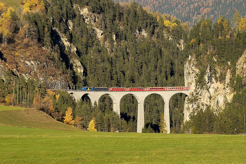 Bernina Express eurail route, Filisur to Tiefencastel, Landwasser viaduct